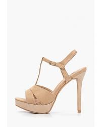 Светло-коричневые кожаные босоножки на каблуке от Kylie