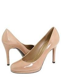 Светло-коричневые кожаные туфли