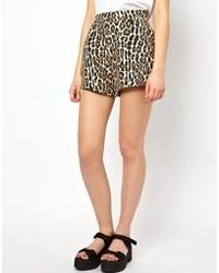 Светло-коричневые шорты с леопардовым принтом