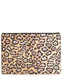 Светло-коричневый замшевый клатч с леопардовым принтом от Givenchy