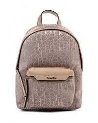 Женский светло-коричневый кожаный рюкзак от Calvin Klein Jeans