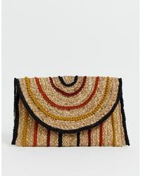 Светло-коричневый соломенный клатч с вышивкой от Pimkie