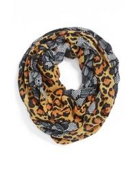 Светло-коричневый шарф с леопардовым принтом