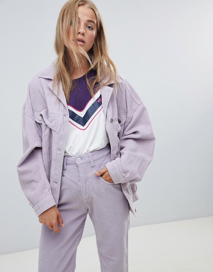 f10938b15ec ... Женская светло-фиолетовая джинсовая куртка от Wrangler