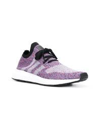 Светло-фиолетовые кроссовки