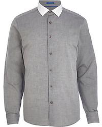 Серая рубашка с длинным рукавом из шамбре