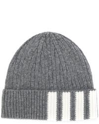 Мужская серая шапка от Thom Browne