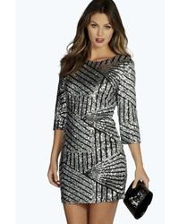 Серебряное облегающее платье