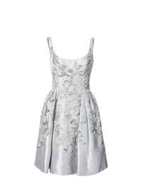 Серебряное платье с пышной юбкой с украшением от Marchesa