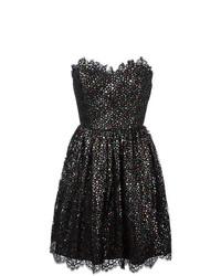 Серебряное платье с пышной юбкой от Saint Laurent