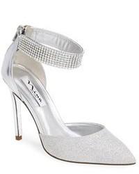 Серебряные кожаные туфли с украшением