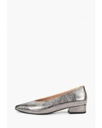 Серебряные кожаные туфли от Hestrend