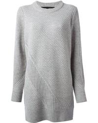Серое вязаное платье-свитер