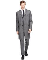 Серое длинное пальто в вертикальную полоску