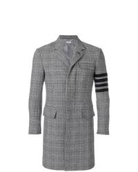Серое длинное пальто в шотландскую клетку от Thom Browne