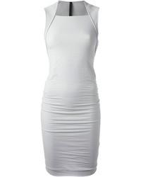 Серое облегающее платье
