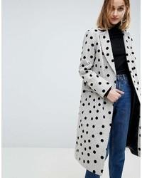 Серое пальто в горошек