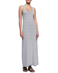 Серое платье-макси в горизонтальную полоску