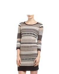 Серое платье-свитер с жаккардовым узором