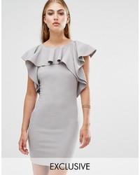 Серое платье-футляр с рюшами