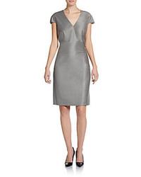 Женское серое платье-футляр от Hugo Boss