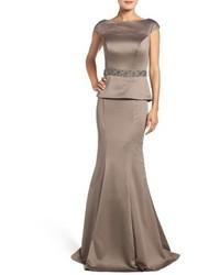Серое сатиновое вечернее платье