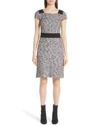 Серое твидовое платье-футляр