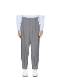 Серые брюки чинос от Giorgio Armani