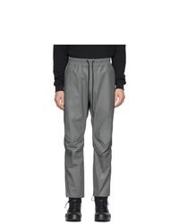 Серые брюки чинос от John Elliott