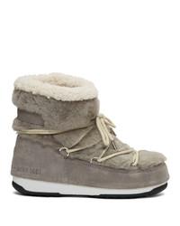 Женские серые зимние ботинки от Yves Salomon