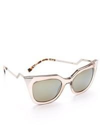 Женские серые солнцезащитные очки от Fendi