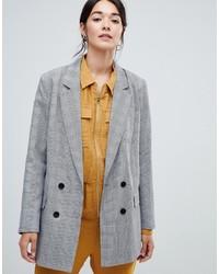 Женский серый двубортный пиджак в шотландскую клетку от Vila