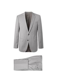 Серый костюм от Hugo Boss