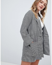 Серый пиджак в мелкую клетку
