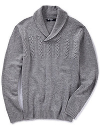 Серый свитер с отложным воротником
