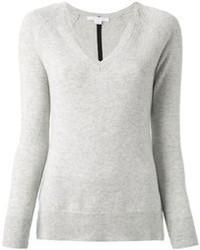 Серый свитер с v-образным вырезом