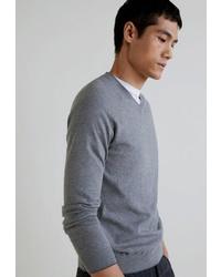 Мужской серый свитер с v-образным вырезом от Mango Man