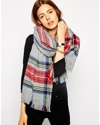 Женский серый шарф в шотландскую клетку от Asos