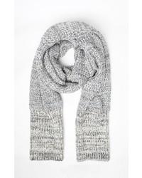 Серый шарф