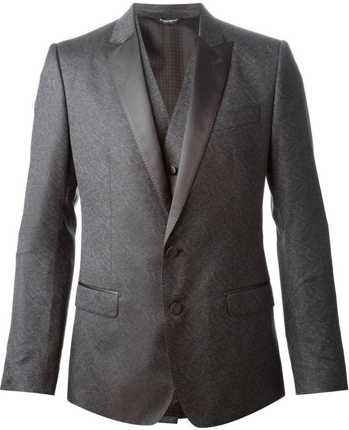 c45c5993ed73 Серый шерстяной костюм-тройка от Dolce & Gabbana, 253 473 руб ...
