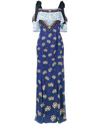 Синее платье с открытыми плечами с принтом