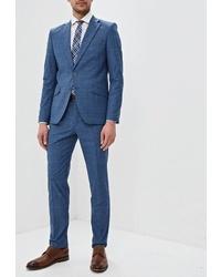 Синий костюм от Laconi