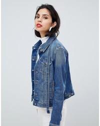 Женская синяя джинсовая куртка от BOSS Casual