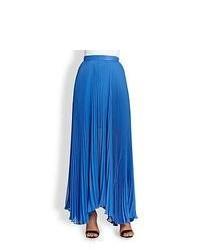 Синяя длинная юбка со складками