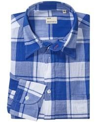 Синяя рубашка с длинным рукавом в шотландскую клетку