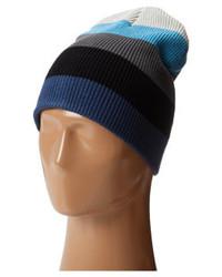 Синяя шапка в горизонтальную полоску