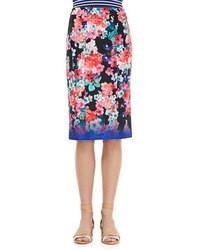 Синяя юбка-карандаш с цветочным принтом