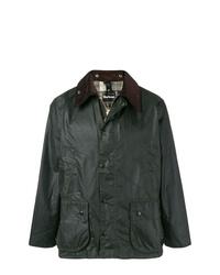 Темно-зеленая куртка с воротником и на пуговицах