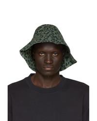 Мужская темно-зеленая панама с леопардовым принтом от Vyner Articles