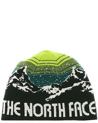 Темно-зеленая шапка